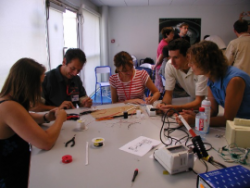 Atelier pédagogique - © CNES 2006
