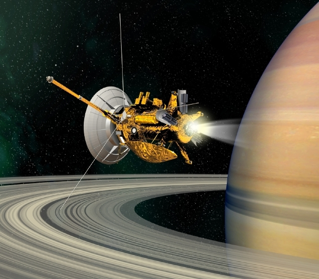 La sonde Cassini-Huygens survole les anneaux de Saturne  © CNES/D. Ducros