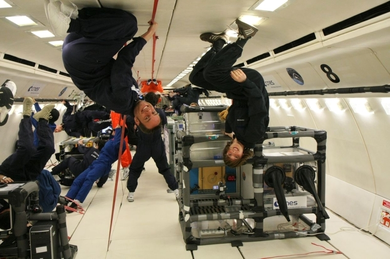 Campagne de vols paraboliques lycéens 2010 : le lycée des Flandres de Hazebrouck. Crédits : CNES.